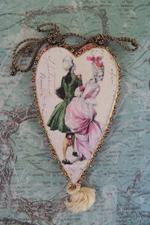 Marquise Couple Needle Book